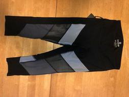 90 Degree by Reflex Women's Capri Leggings-NWT-BLACK W/ BLUE
