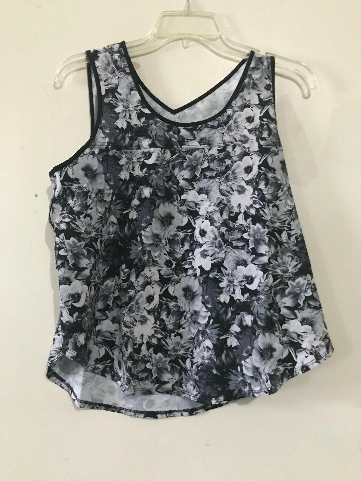 90 By Size Floral Athletic Apparel Workout Top
