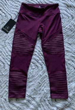90 DEGREE by Reflex S Small wine Compression capris sport CW